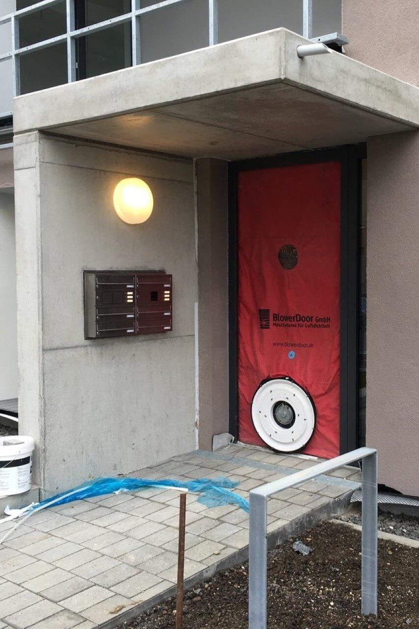 Blower-Door-Test-luftdichtheit-geprueft-de-2cBNnz7vXZpAMa