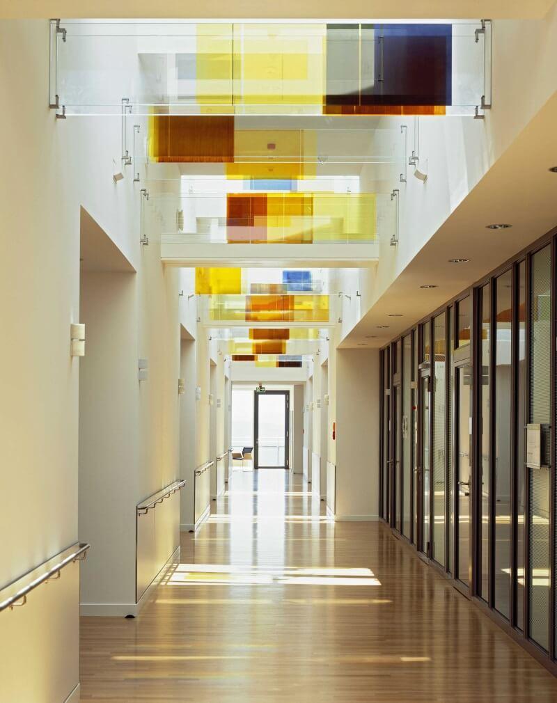 Healing-Architecture-Licht-Robert-Bosch-Krankenhaus-StuttgarteEpJ3nRmmxCAt