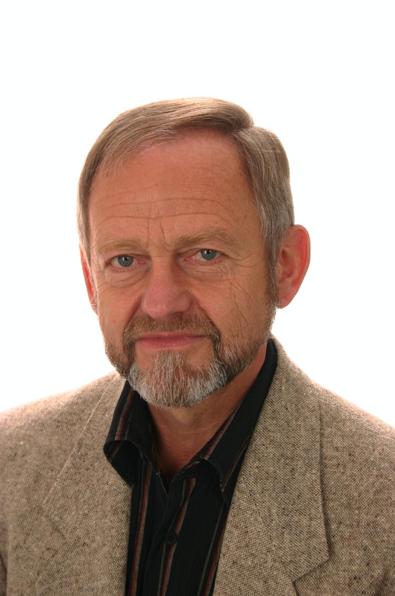 Dipl.-Ing Ehrenfried Heinz